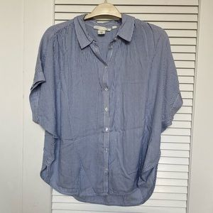 H&M Lightweight Blue and White Striped Button Up